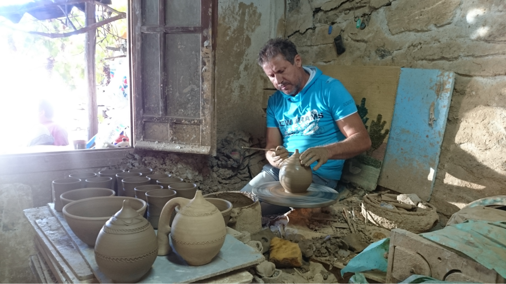 Damalas Pottery